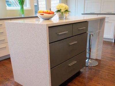 Modern Island White Quartz Kitchen Countertops 1